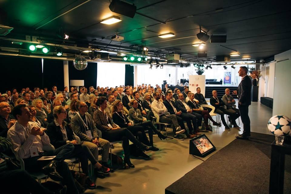 Topscheidsrechter Björn Kuipers over Agile teamwork op het voetbalveld tijdens Scrum Event 2017