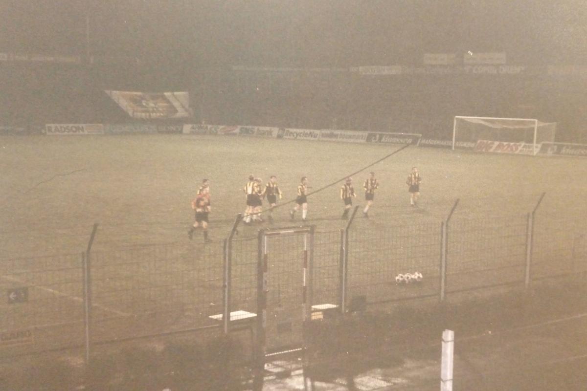 Wedstrijd met Vitesse C1 in het vorige stadion Nieuw-Monnikenhuize