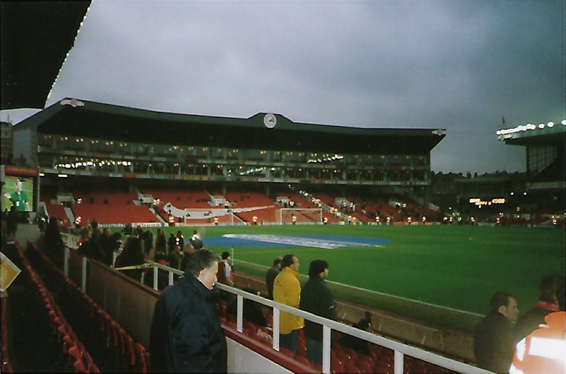 De beroemde Clock End van Highbury